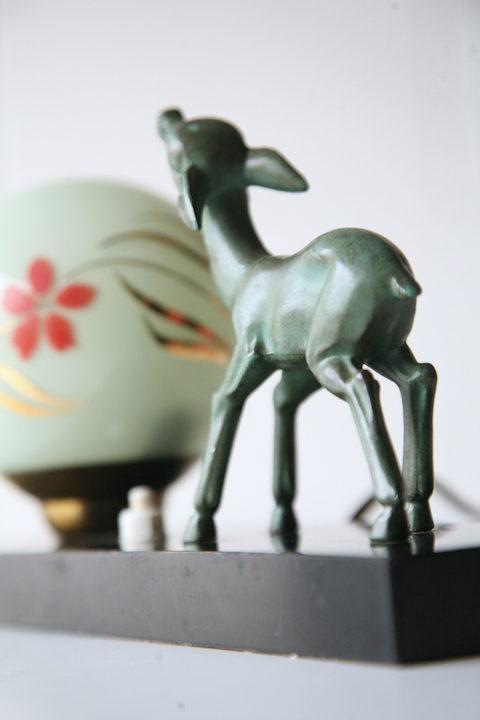art-deco-bronze-fawn-lamp-1