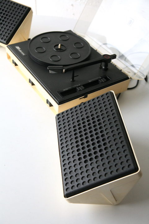 Vintage Audio Sonic Plastic Record Player